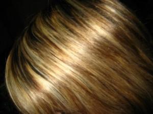 Cheveux décolorés